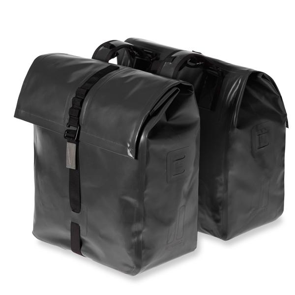 Basil Urban Dry dubbele tas 50-liter solid black 17659