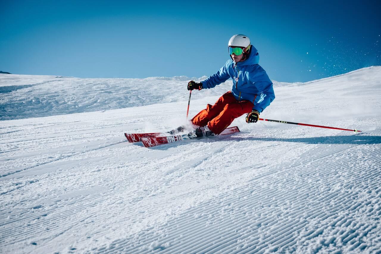 Rick van den Berg Fietsen Service  Onderhoud ski's en Snowboards